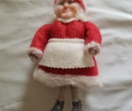 Felted-Art-Figure-Ms.-Clause